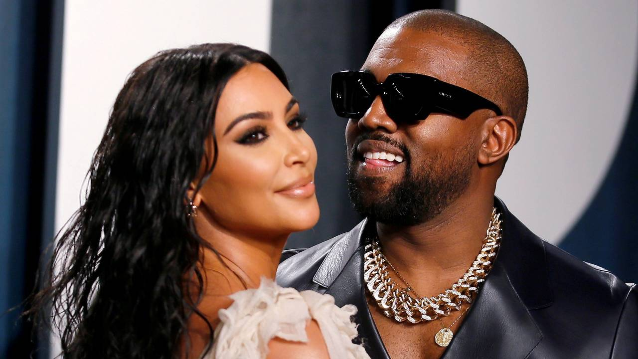 Kim Kardashian og Kanye West på Variety Fair-festen i forbindelse med Oscar-utdelingen i 2020.