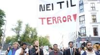 Rundt 5000 mennesker viste sin avsky for de ekstreme islamistene under en demonstrasjon i Oslo 25.08.2014. Foto: NTB/Scanpix/Torstein Bøe.