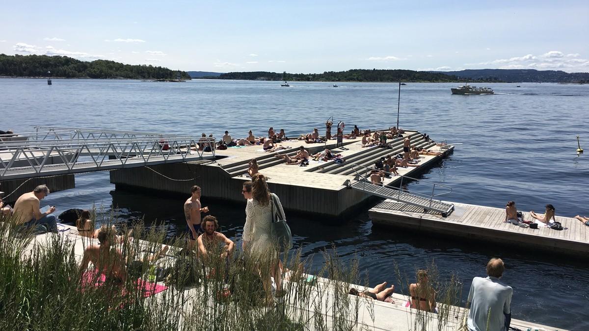 Selv om det blir varmt i dag, ber kommunen folk holde seg unna Tjuvholmen og andre badesteder.