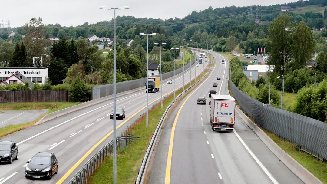 Lierskogen 20170711.Lite trafikk på E-18 motorveien på Lierskogen.Foto: Lise Åserud / NTB scanpix E-18.