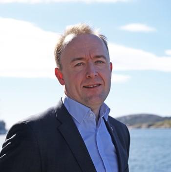 Eirik Sivertsen (Ap) sitter i transport- og kommunikasjonskomiteen på Stortinget