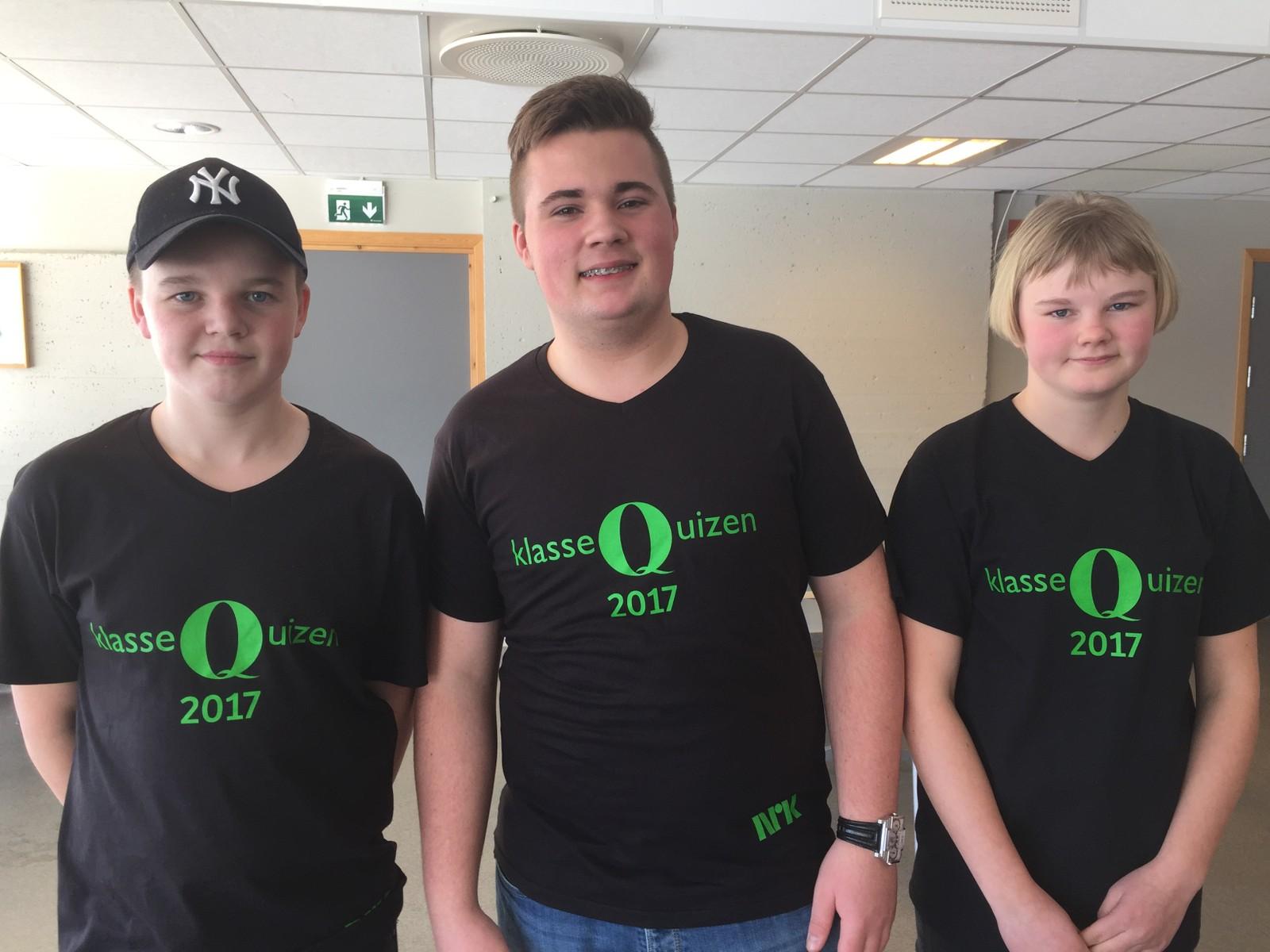 Håkon Skaugrud, Sander Vestby og Tyra Johanne Sand Snipstad fra Søndre Land ungdomsskole fikk åtte poeng.