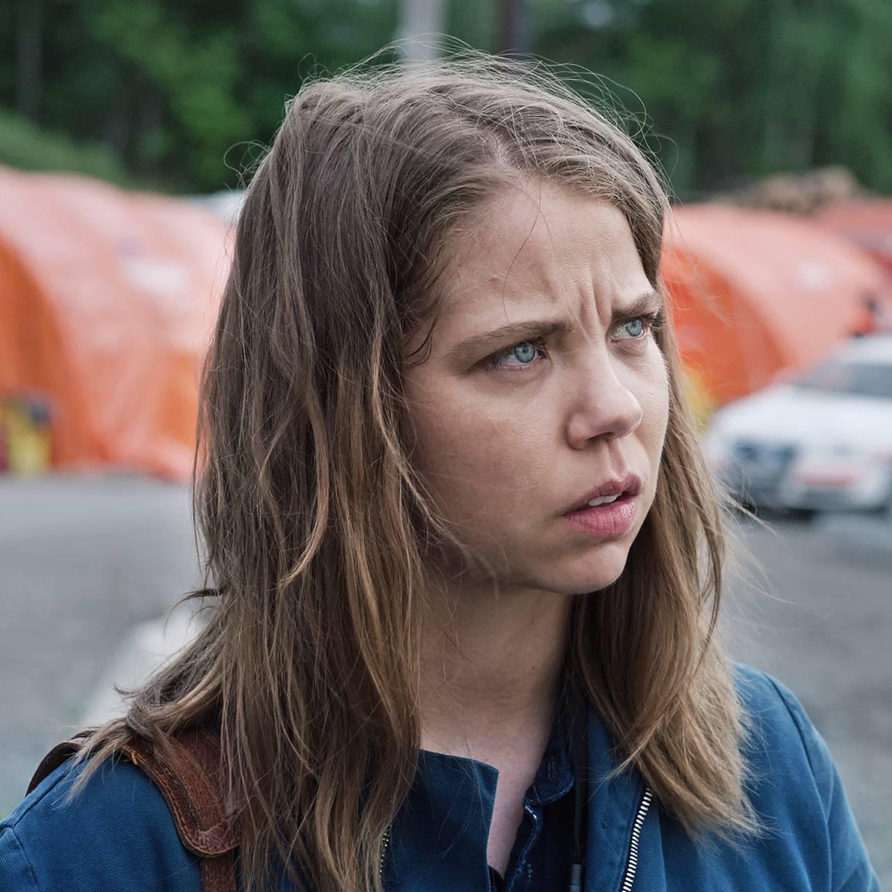 NRKs dramaserie «22. juli» – Aftenposten-journalist Anine (Alexandra Gjerpen) på Sundvollen