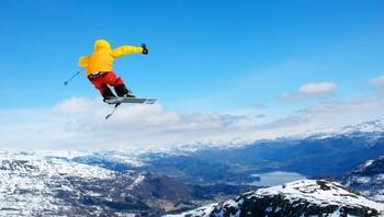 Hopp på alpinski