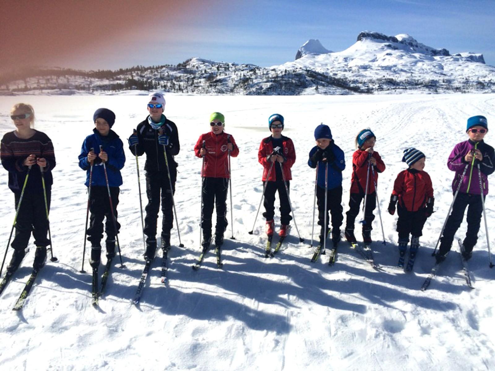 Ni spreke tremenningar på skitur.