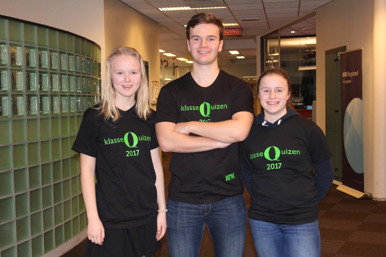Teresa Lode, Liva Devold Midtun og Aleksander Evensen fra Giske ungdomskole fikk 8 poeng da de deltok i Klassequizen 30. januar.