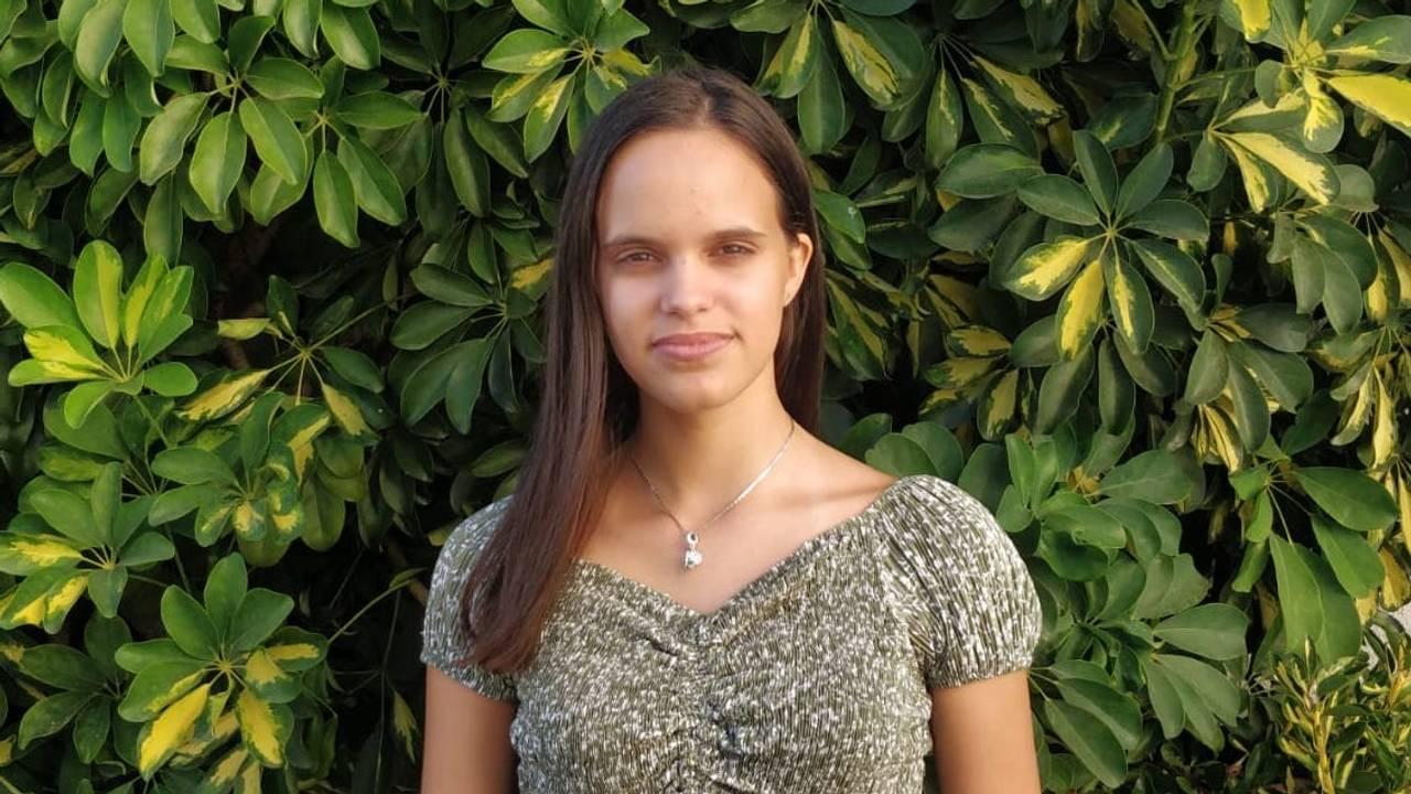 Sofia Oliveria (15)