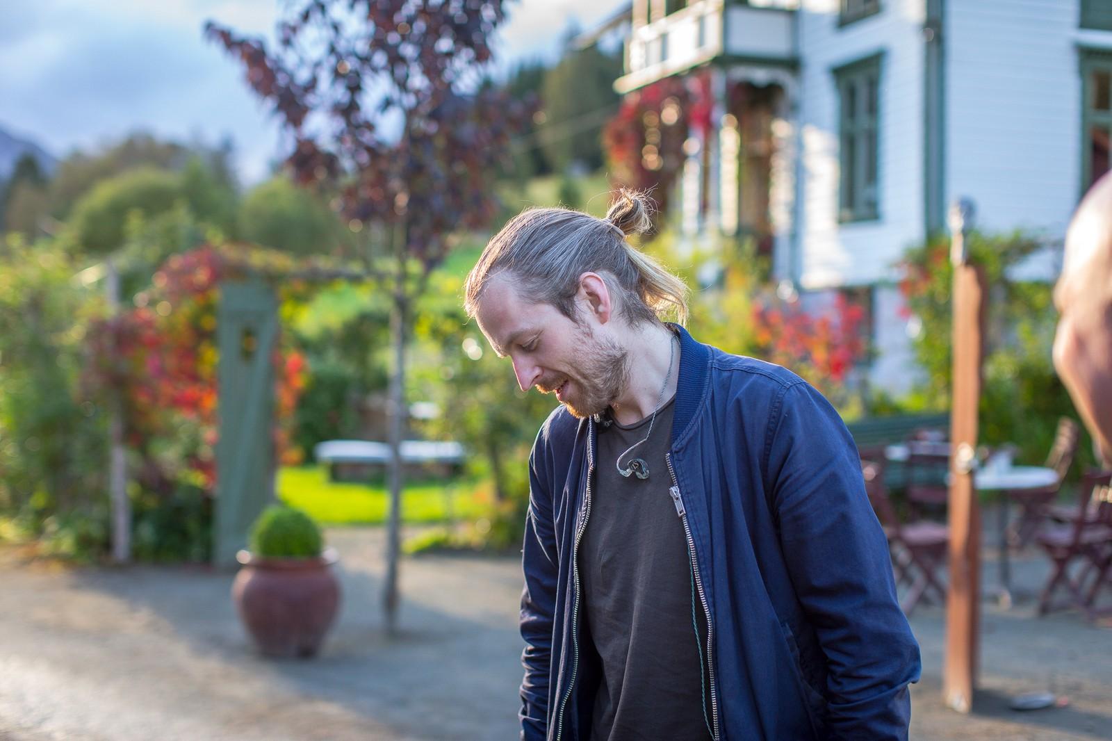 Thomas Stenersen er Eva Weel Skram sin ektemann og musikalske partnar.