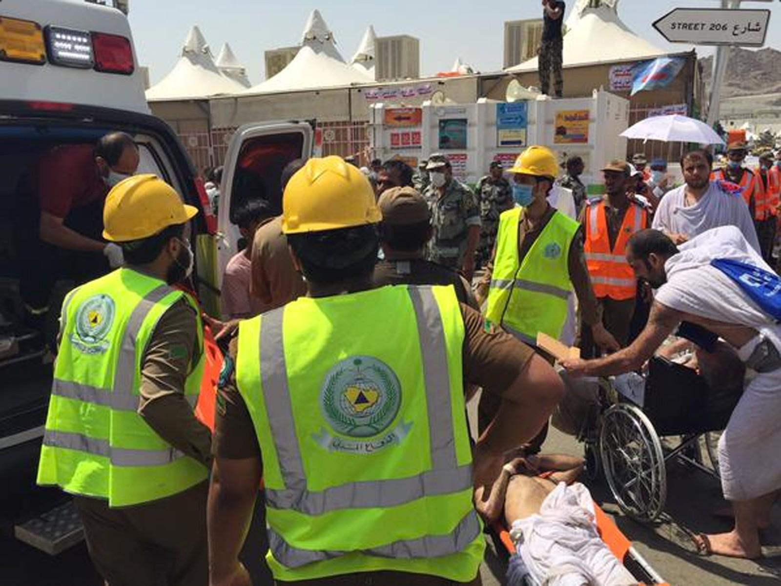 Rundt 400 mennesker er skadd, opplyser sivilforsvaret i Saudi-Arabia torsdag. Hendelsen skjedde i byen Mina, som ligger utenfor muslimenes hellige by Mekka.