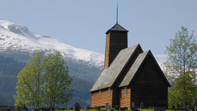 Gaupne gamle kyrkje. Foto: Merete Husmo Høidal, NRK.