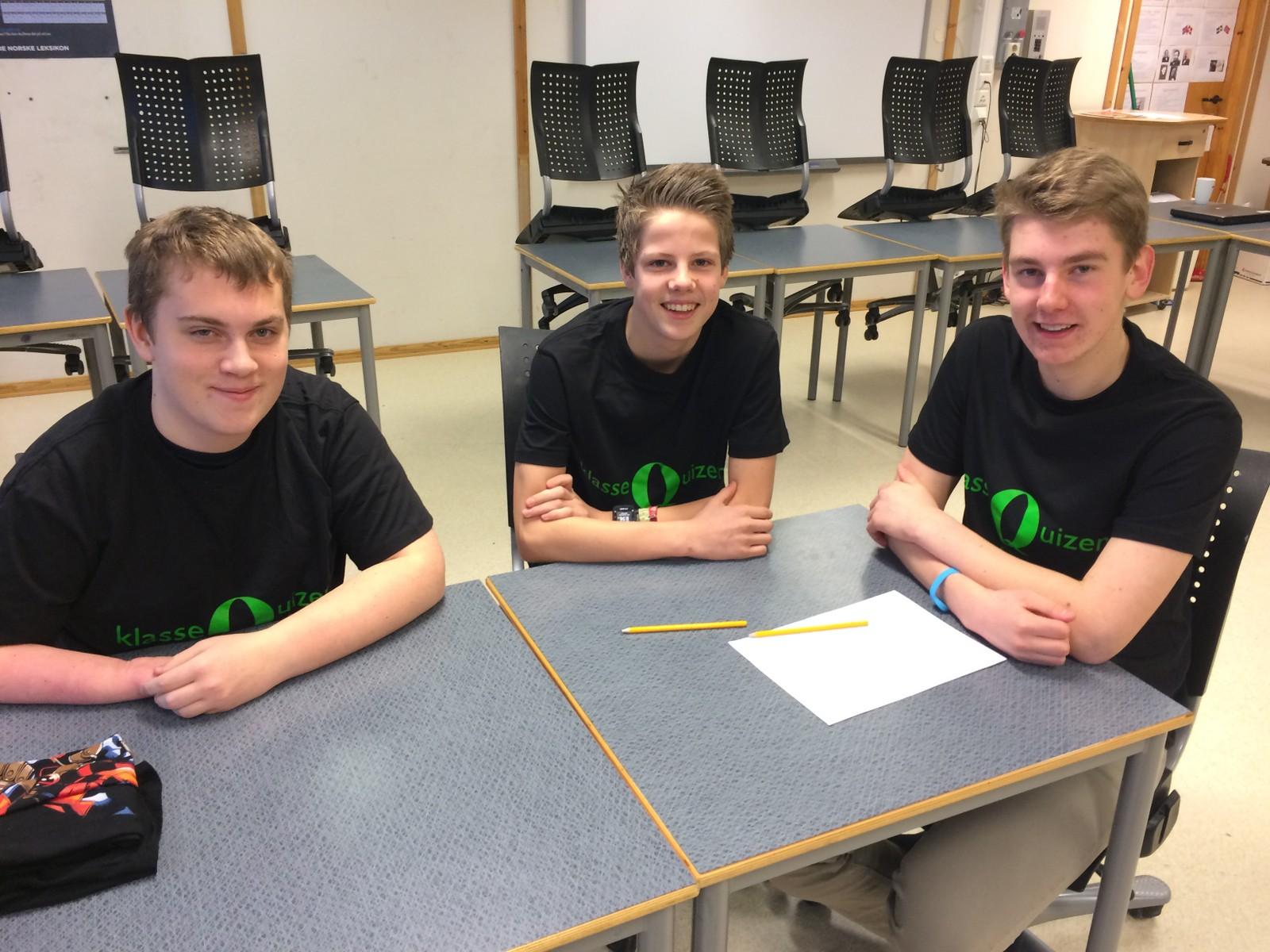 Vegard Sørholt Grostad, Ole Andreas Grøtte Børnes og Adrian Melby Bekken fra Hoeggen skole.