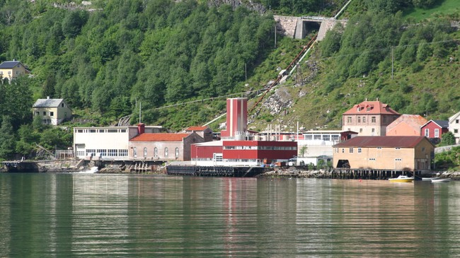 Vadheim Elektrochemiske Fabriker i 2006. Foto: Ottar Starheim, NRK.