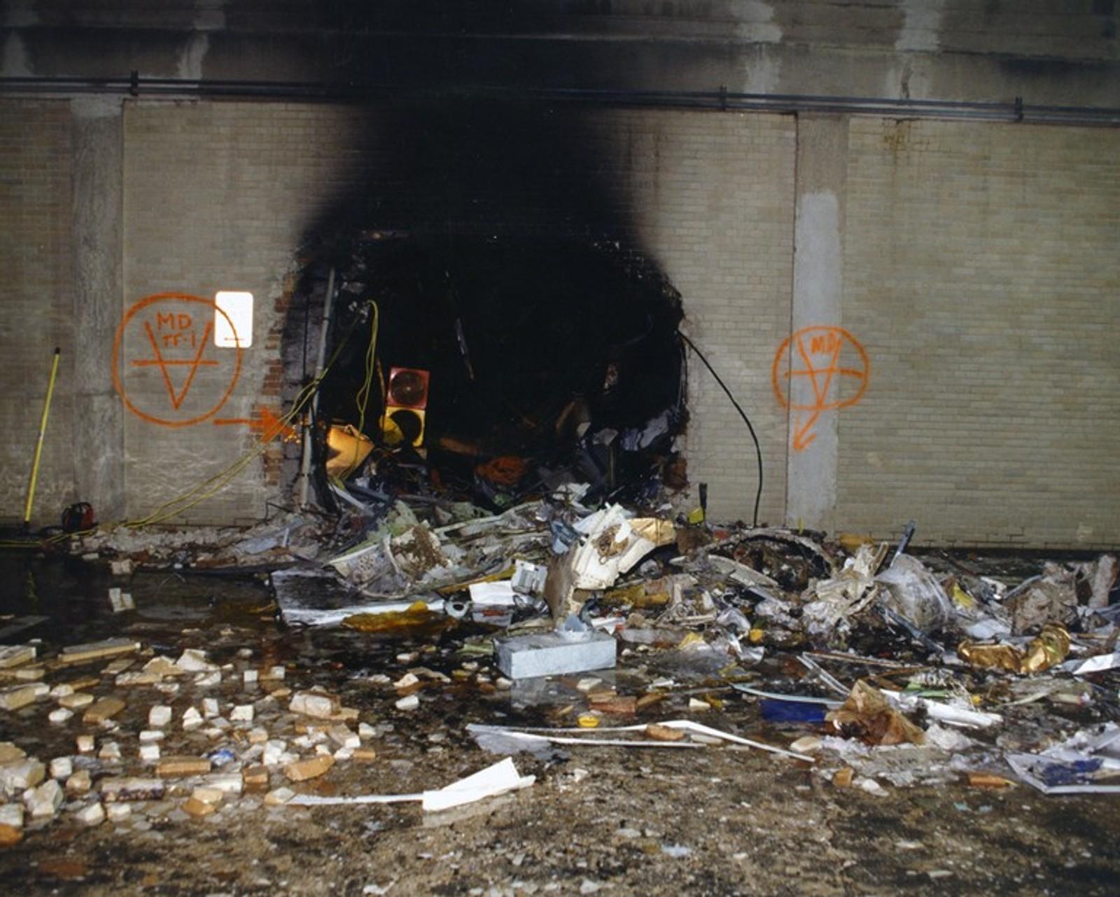 Store skader etter brann og slukningsarbeid med vann.
