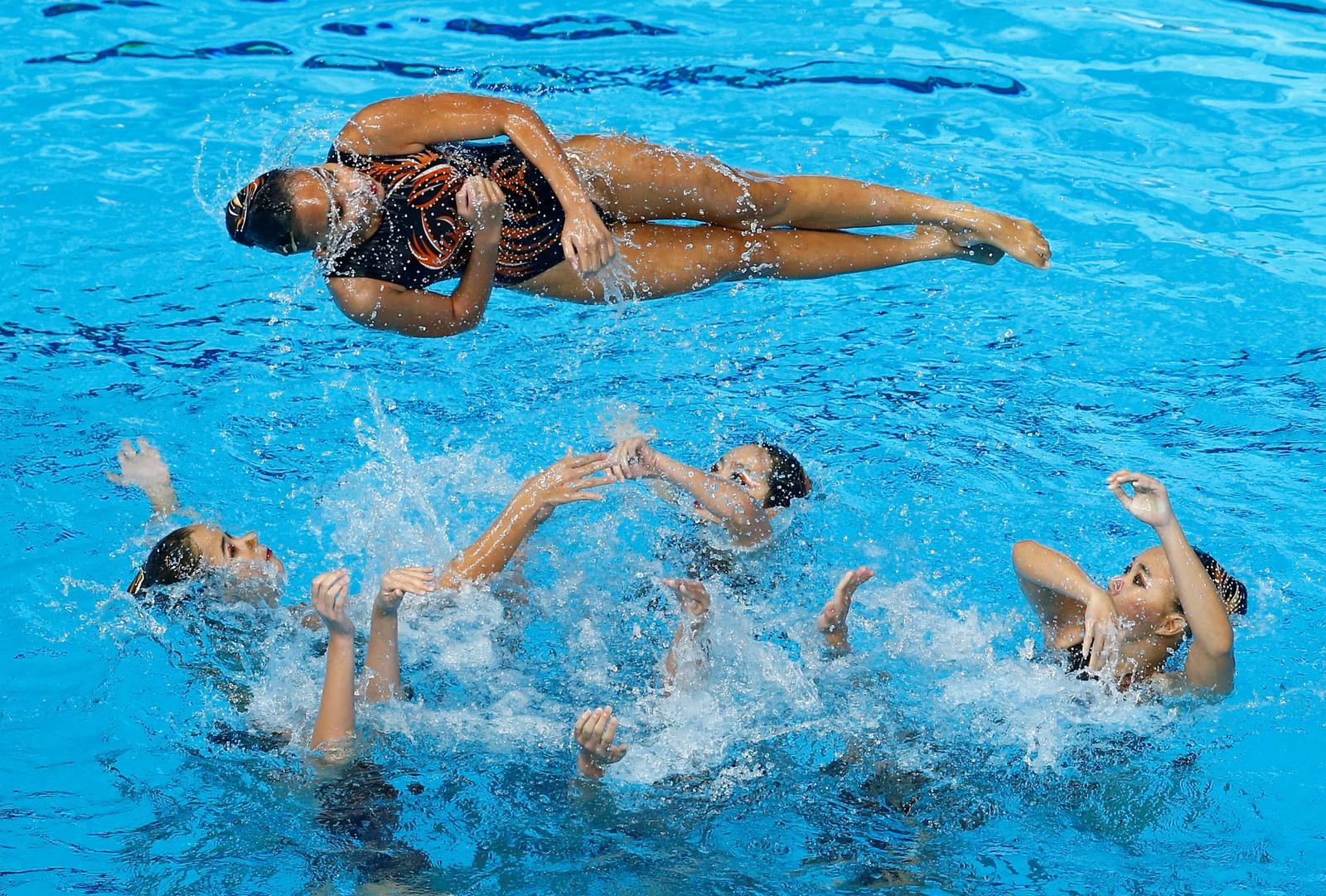Luftig synkronsvømming av team Malaysia under det sørøstlige Asia-mesterskapet denne uka.