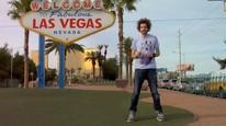 Jo drar til Las Vegas for å finne ut hvordan man vinner i spill og prøver å slå casinoet i Las Vegas. Foto: Teddy TV