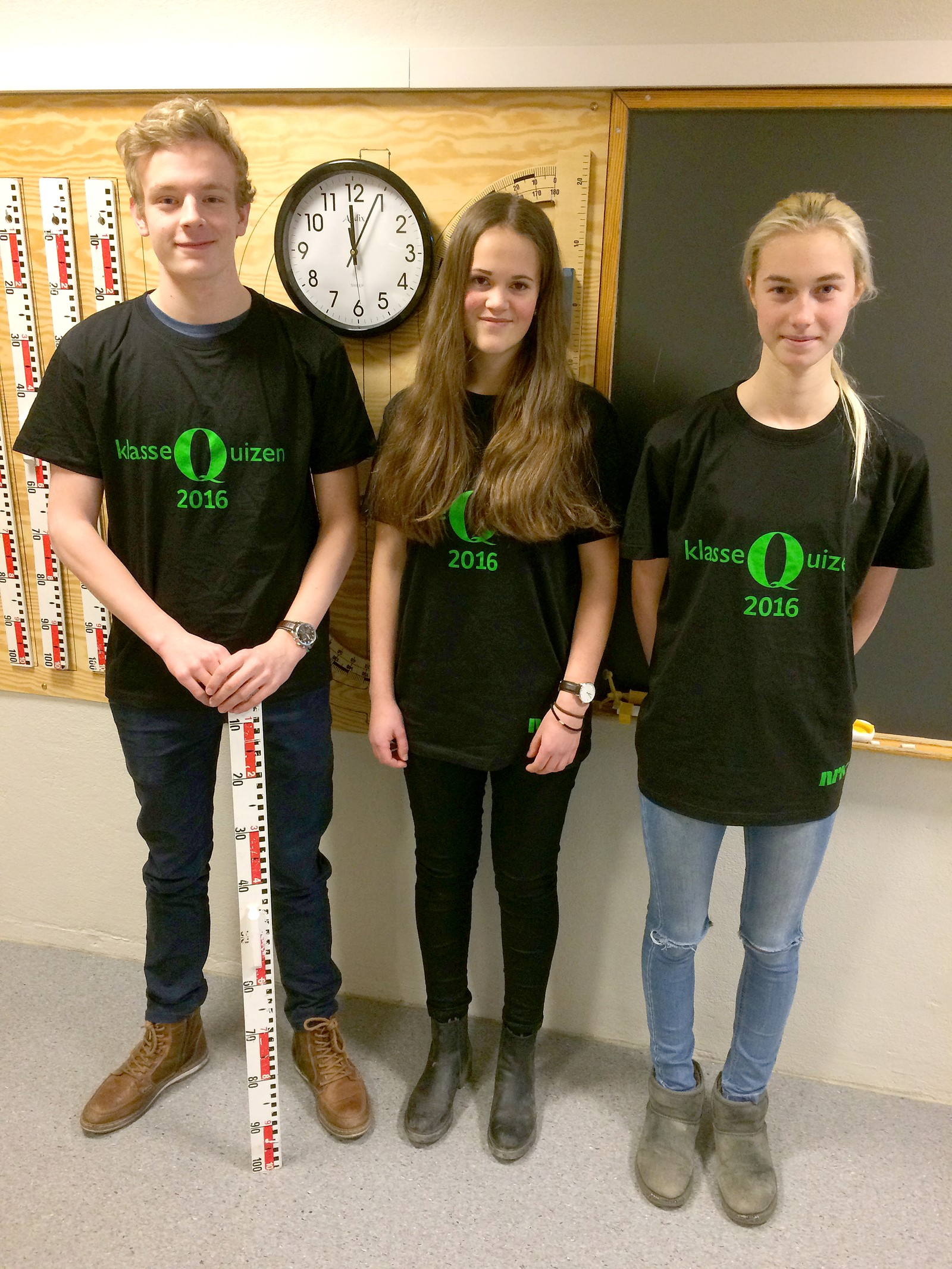 Anders Hjerkinn Helgetun, Anna Aune Bøe og Nora A. K. Sæther fra Oppdal ungdomsskole.
