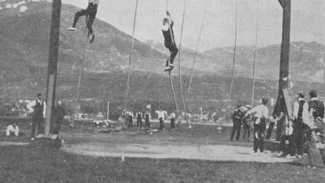 Kappkliving vaar ei idrettsgrein blant dei militære på Nordfjordeid.