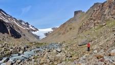 KRYMPER: Breen Langfjordjøkelen i Loppa i Finnmark har trukket seg tilbake 312 meter mellom 2006 og 2016.