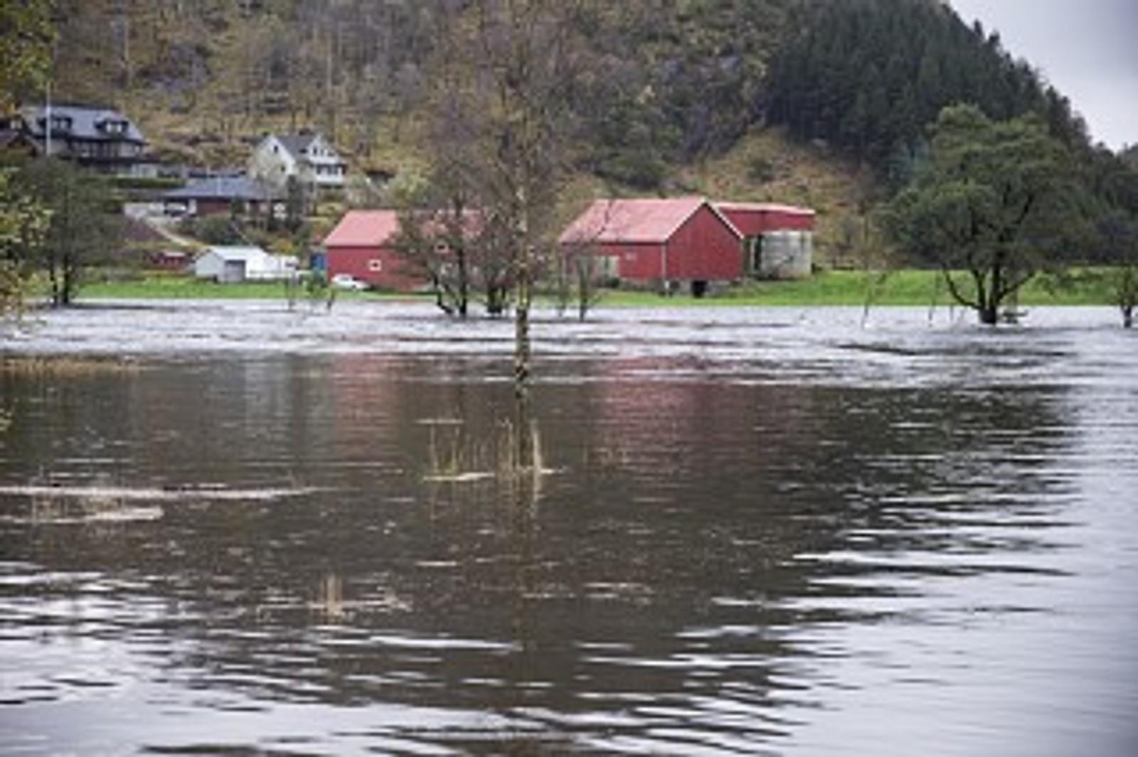 ROGALAND: Mange vann har gått over sine bredder på grunn av det kraftige regnværet.