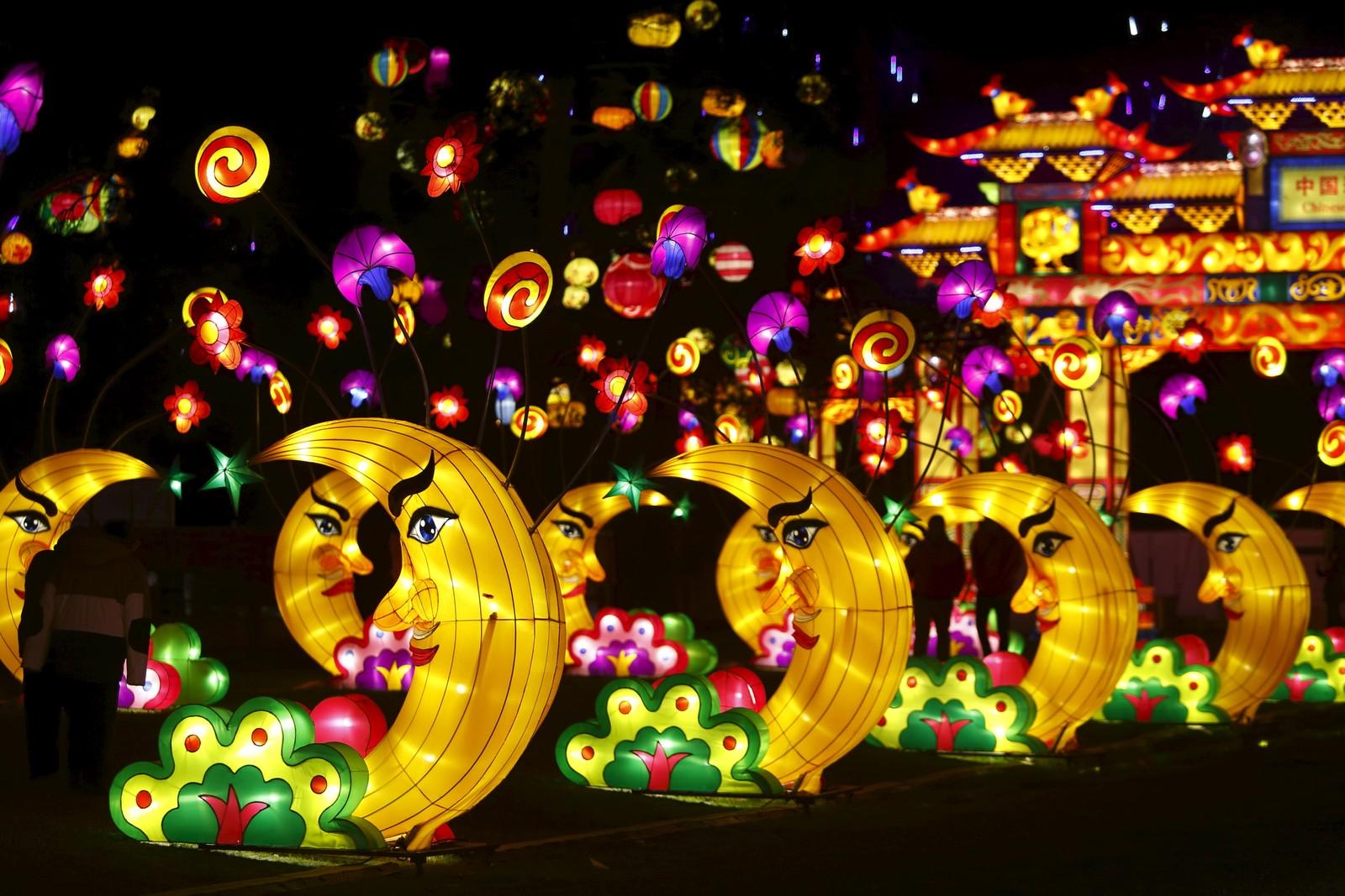 Dandenong lysfestival i Melbourne, Australia varer i én måned og feirer kinesisk kultur.