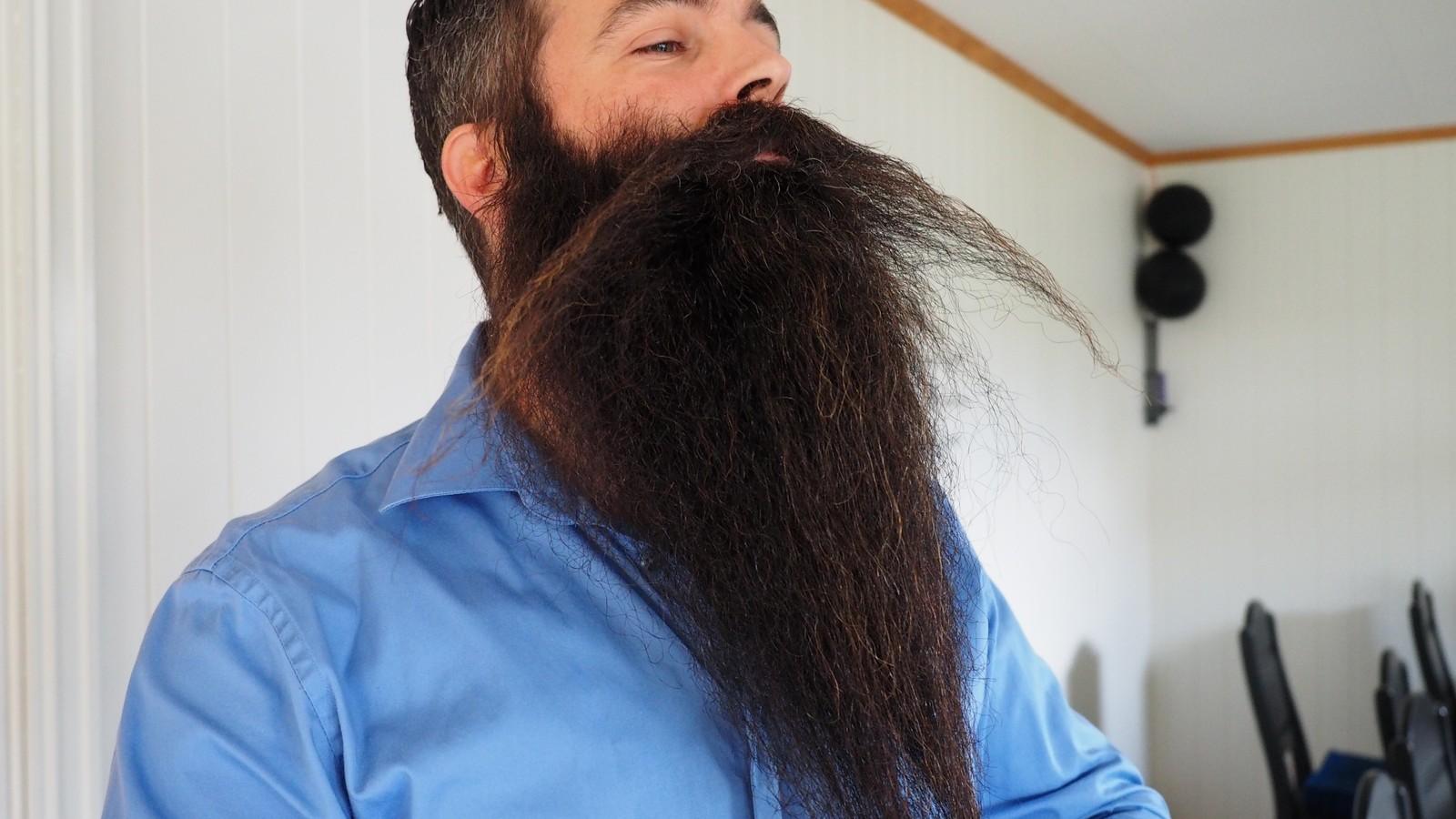 KLAR FOR NM: Nils Kåre Fugelsnes sitt skjegg er større og bedre enn i fjor.