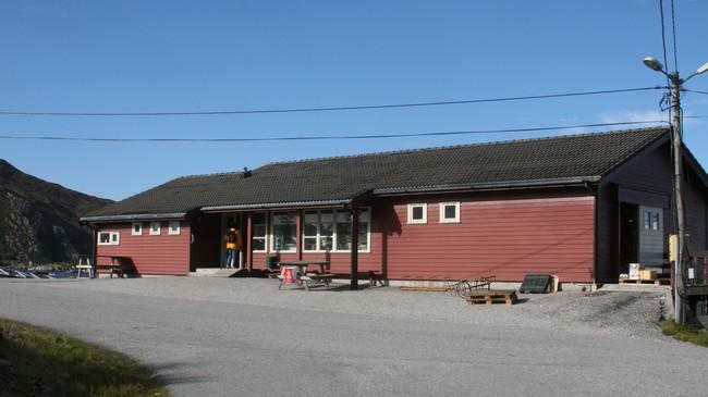 Rognaldsvåg Landhandel. Foto: Kjell Arvid Stølen, NRK.