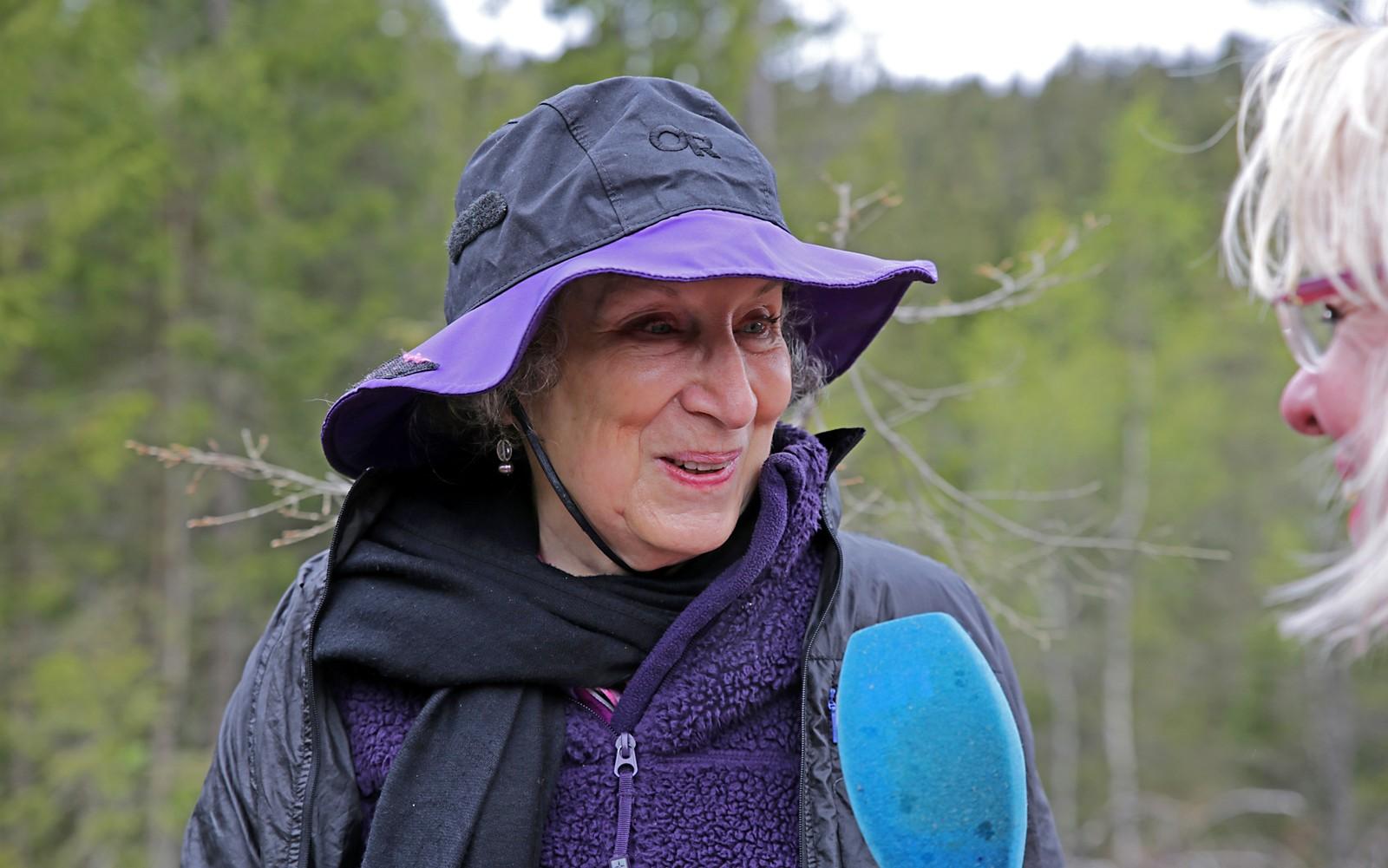 Atwood har voktet det unike manuset lenge. Nå har hun gitt det fra seg. Hva det handler om, vil hun ikke fortelle til noen.