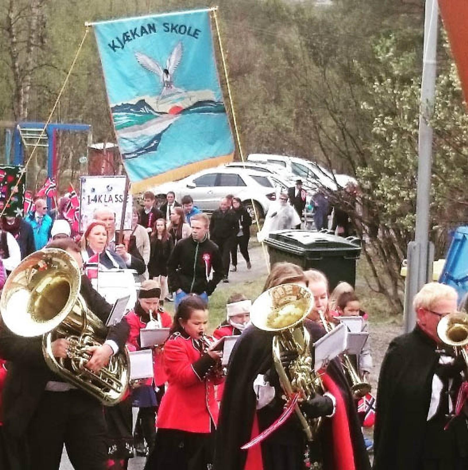 – God stemning i Kjækan i dag, skriver Karen Marie Henriksen om dette bildet, som er tatt i Kvænangen kommune.