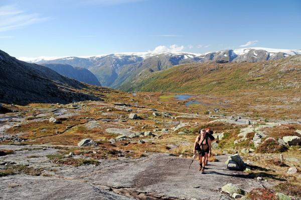 Gryteskaret over Sjeggedal, med utsikt mot Folgefonna - Foto: Bergen Turlag