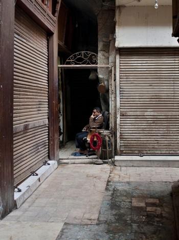 Stengde salsboder pregar turistområda i Kairo.