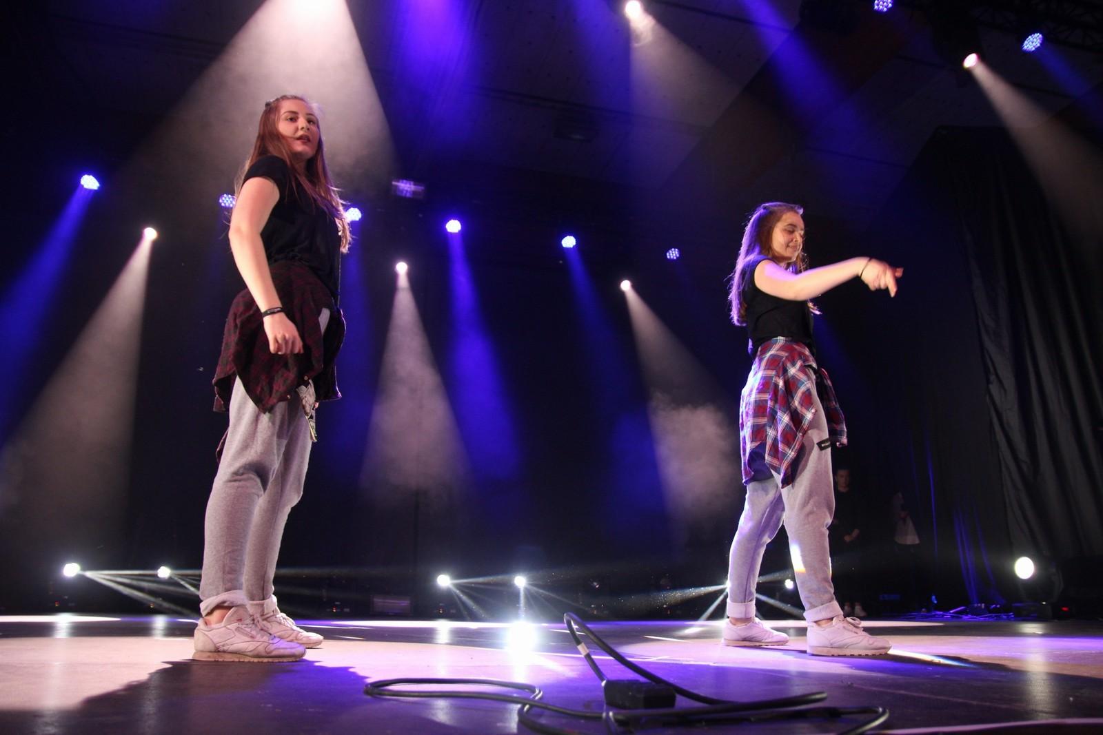 Rakel og Kathrine - Leikanger