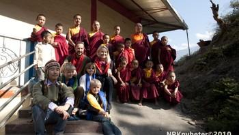 Kronprinsfamilien ved Passingdang kloster