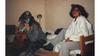 Vibeke og Alexandra på hotellrommet sitt, under skate-VM i Stavanger i 1989.
