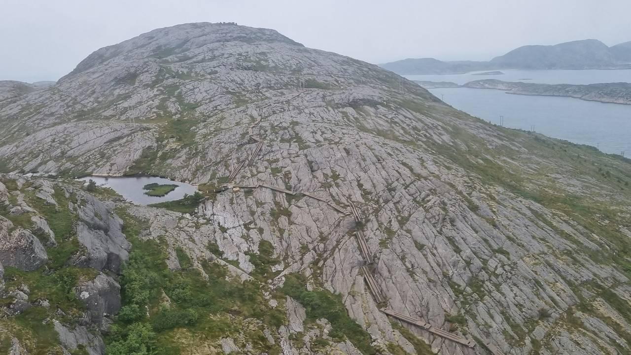 Trapp opp til fjellet Vettan i Bessaker