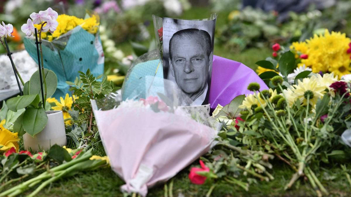 Skal fraktes til kapellet i Land Rover – slik blir Prins Phillips begravelse