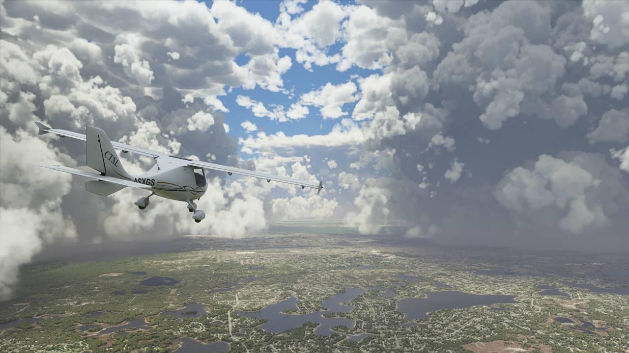 LIVE-DATA: «Microsoft Flight Simulator» inneholder en mengde live-data fra virkeligheten, inkludert værdata fra hele verden. Her ser du et storm-senter i Florida.