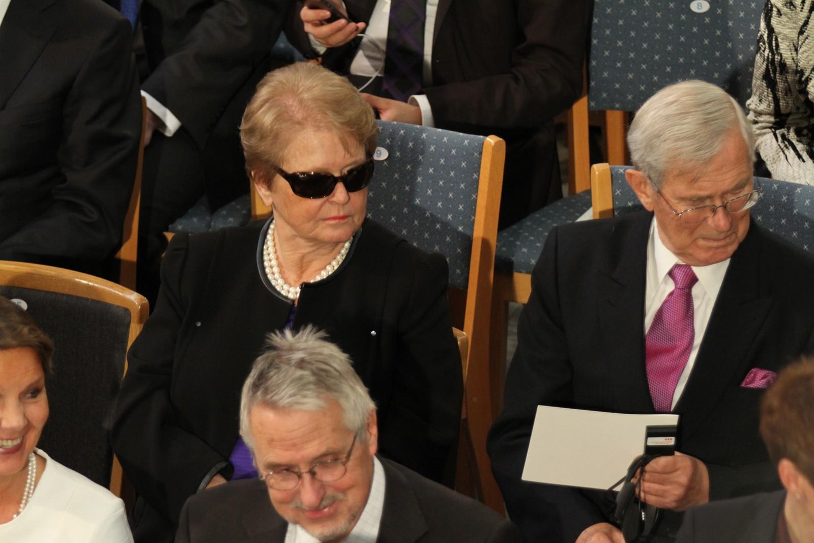 SAMFUNNSTOPPER: Tidligere statsminister Gro Harlem Brundtland er blant tilhørerne.