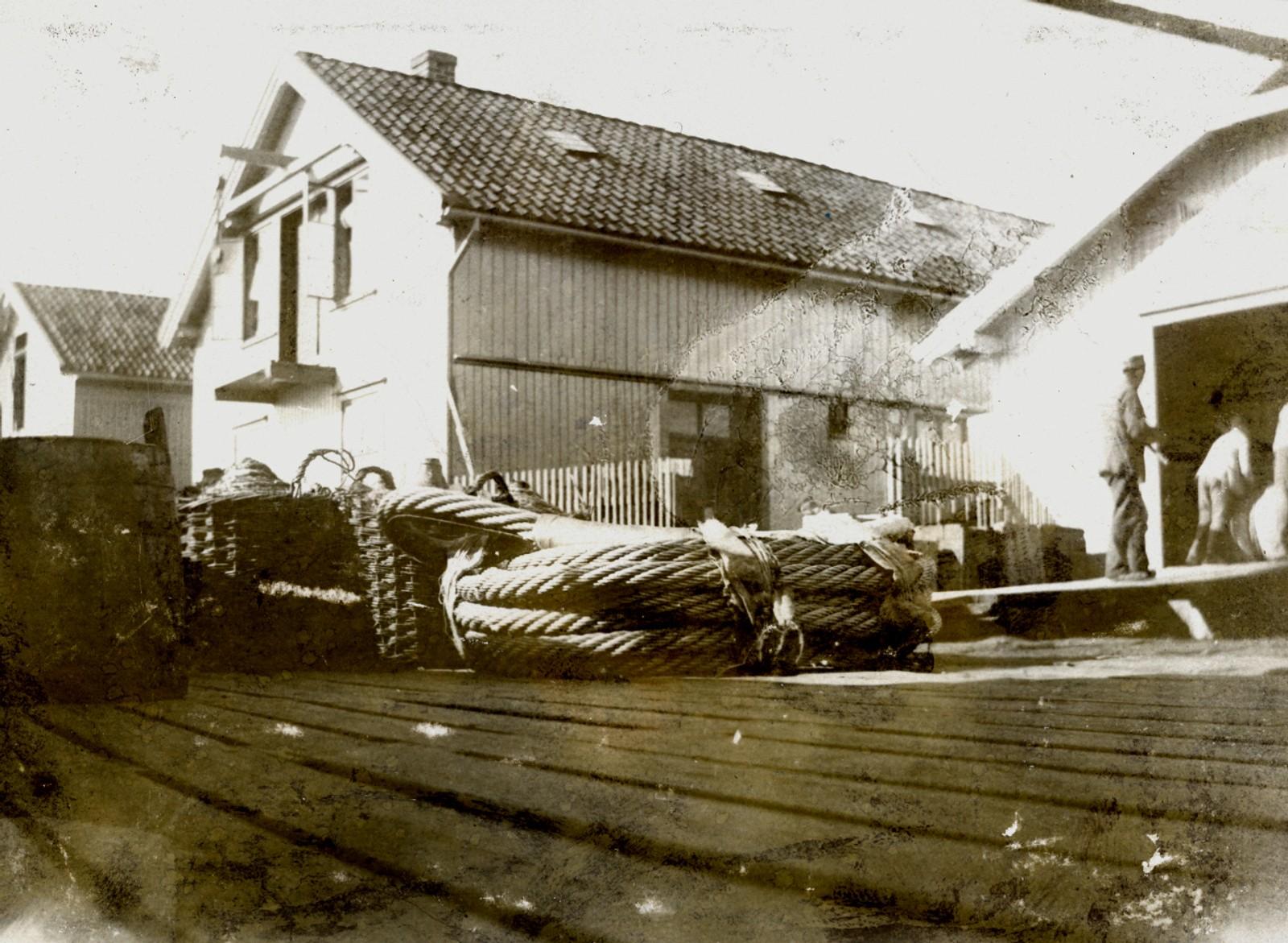 Ståltau brygga 1898-99.