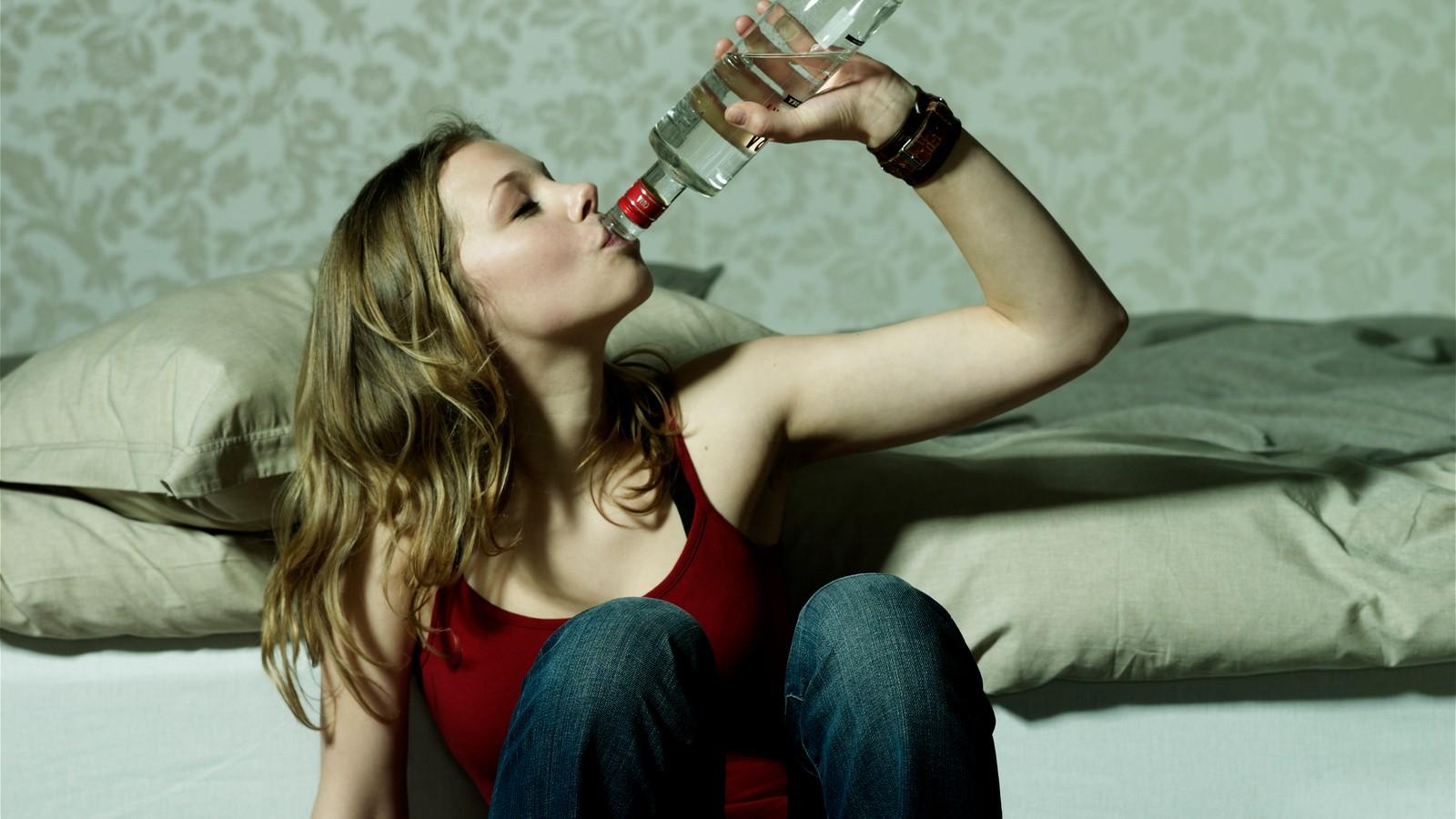 alcoholism-girl-closet-movie