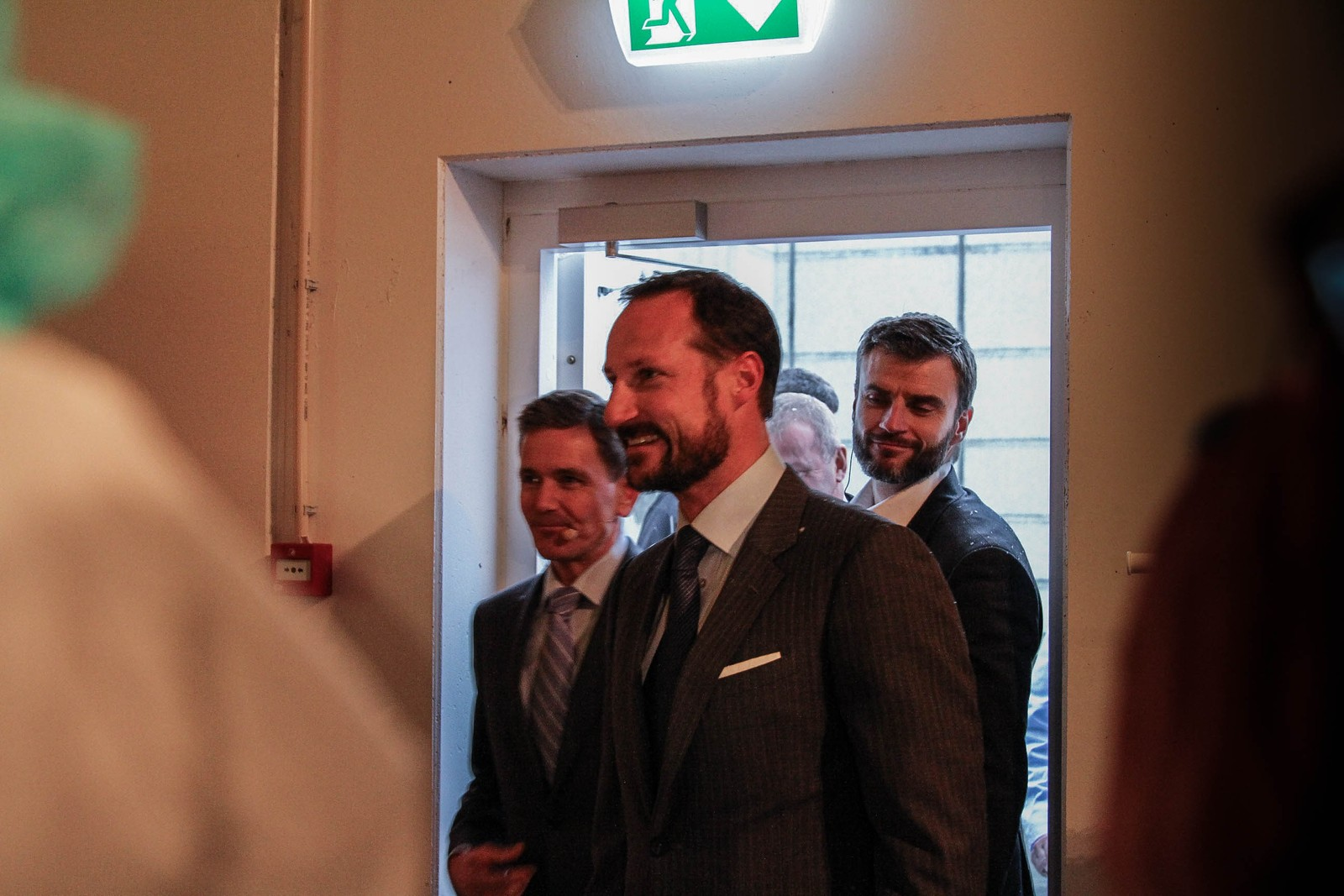 Kronprins Haakon ankommer Orkla Foods Norge avdeling Stranda.