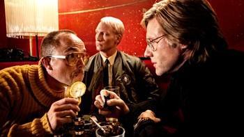 Otto Meyer (Jon Øigarden), Kjettingen (Dean-Erik Andersen) og Kommandør Arne Treholt (Mads Ousdal)
