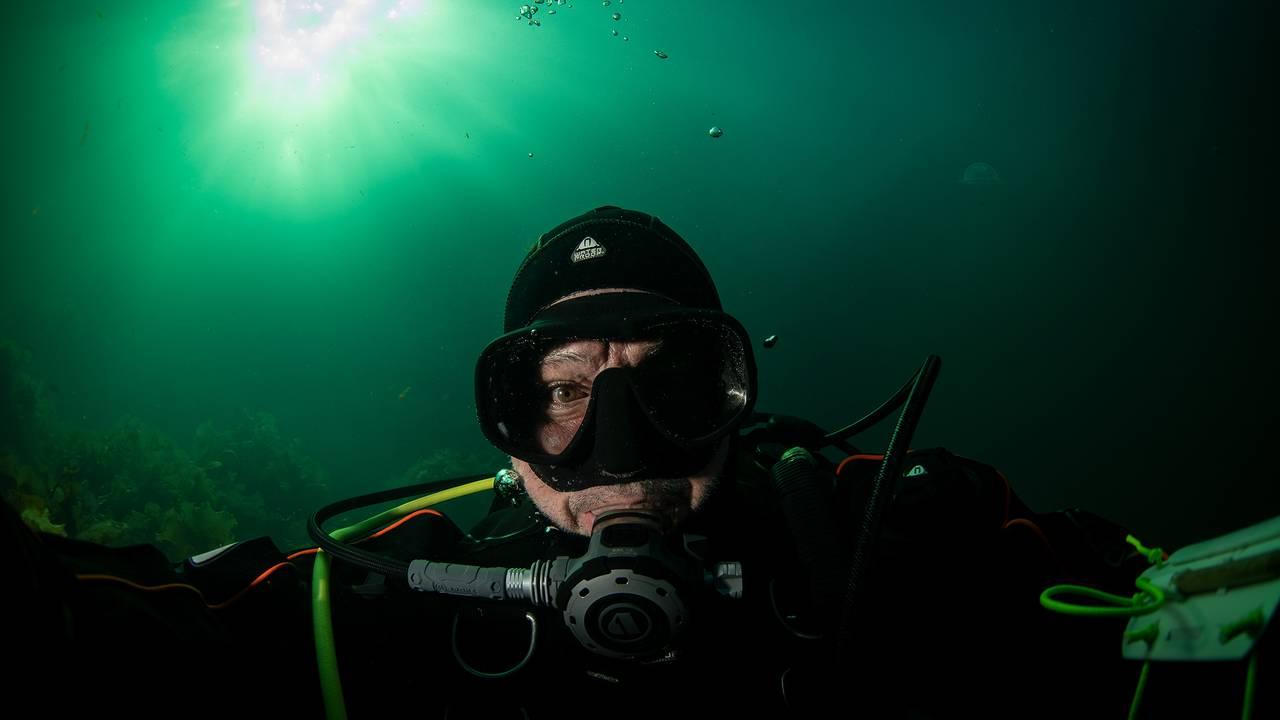 Selfie av dykker og undervannsfotograf, Vasco Pinhol