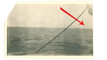 Dette fotografiet skal visstnok vise isfjellet som senket Titanic.