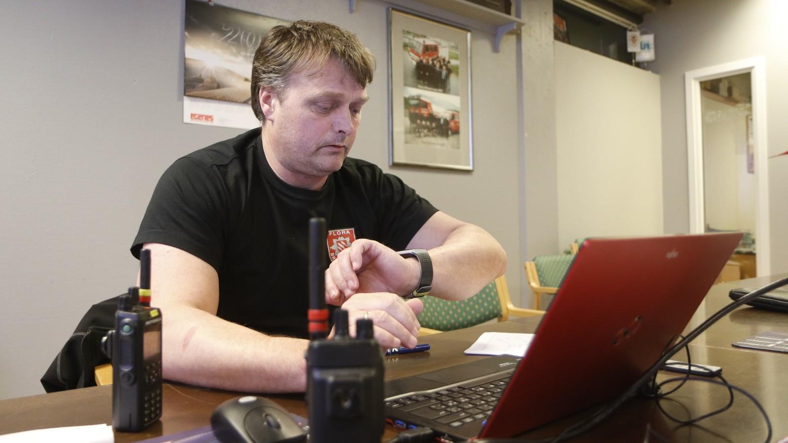 Olav Strømsøy, overbefal Flora brannvesen.