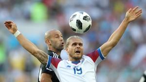 Fotball - VM: Høydepunkter Frankrike - Australia, Argentina - Island, Peru - Danmark og Kroatia - Nigeria
