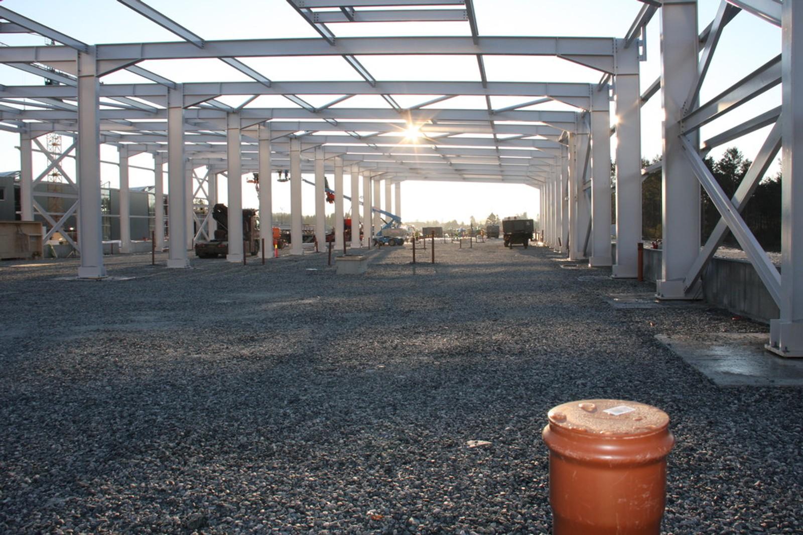 300 METER LANG: Vognhallen får plass til åtte bybanevogner side om side. Med sine 300 meter i lengden og 30 meter i bredden blir dette Bergens største bygg i flateareal.