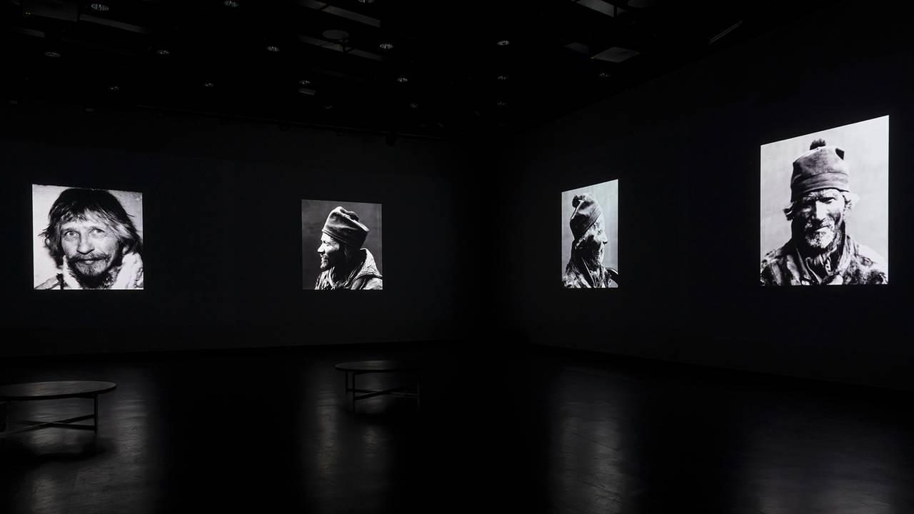 Fra utstillingen Nils-Aslak Valkeapää / Áillohaš på Henie Onstad Kunstsenter