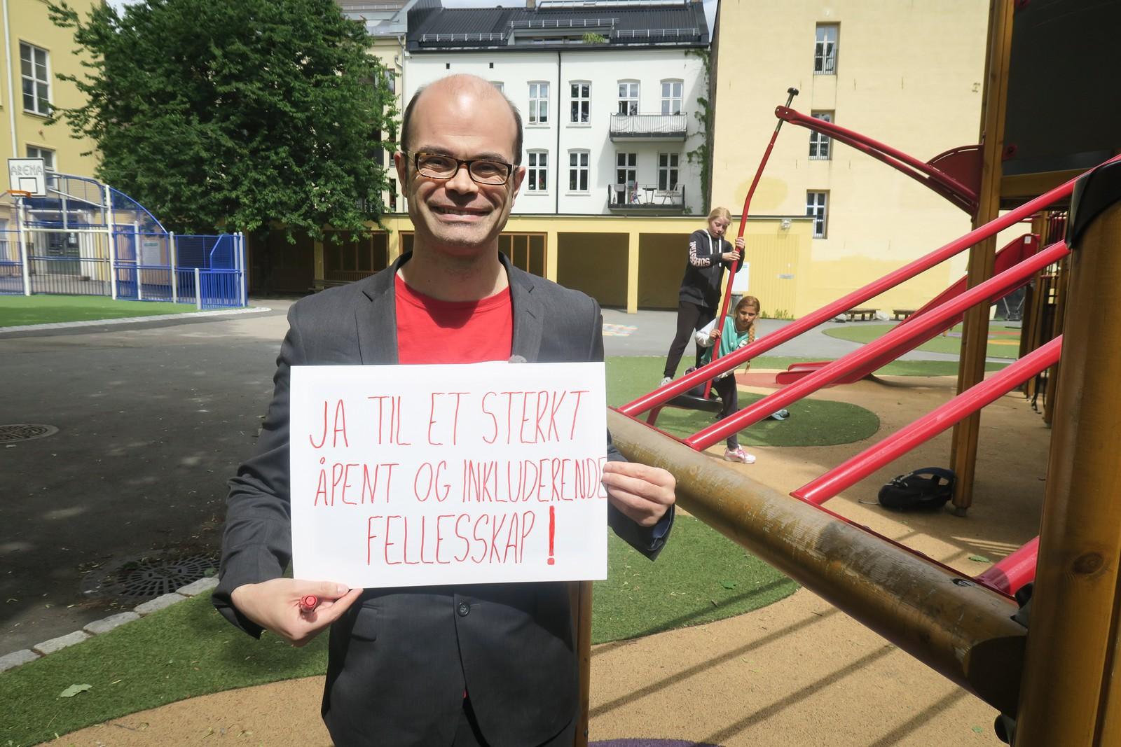 HANS OLAV LAHLUM (SV): «Ja til et sterkt, åpent og inkluderende fellesskap».