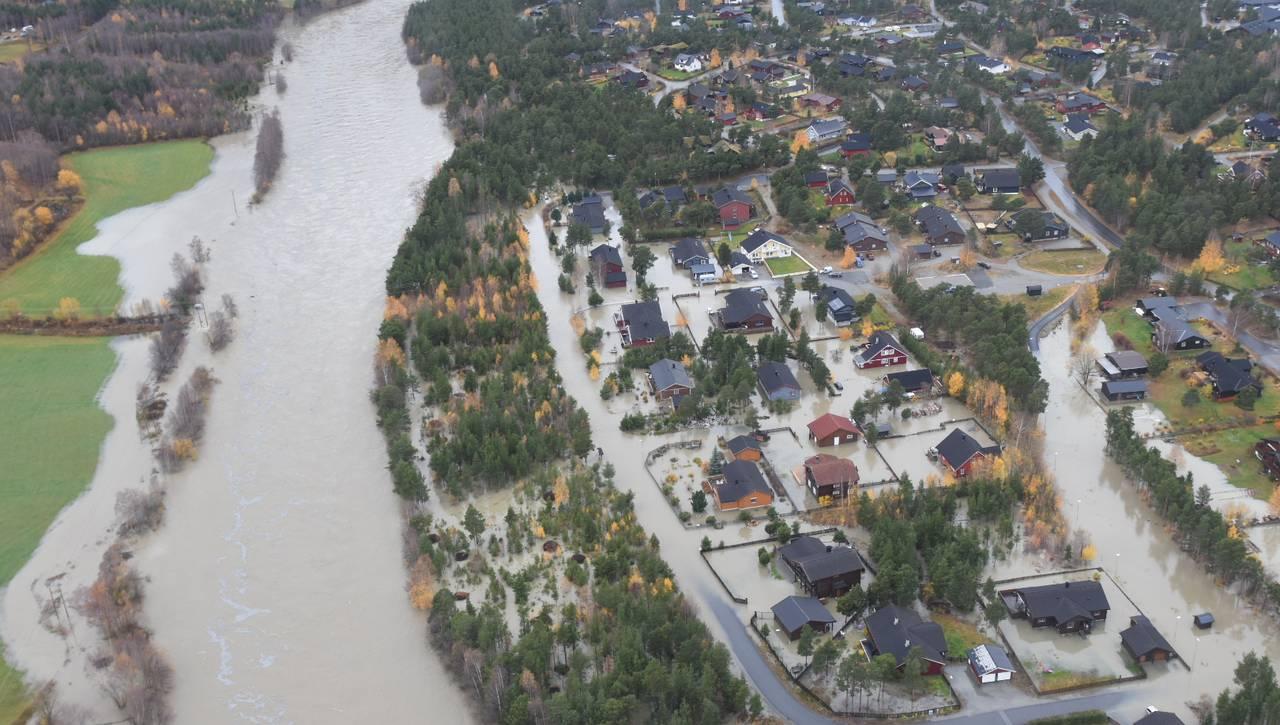 Store delar av Bismo står under vatn