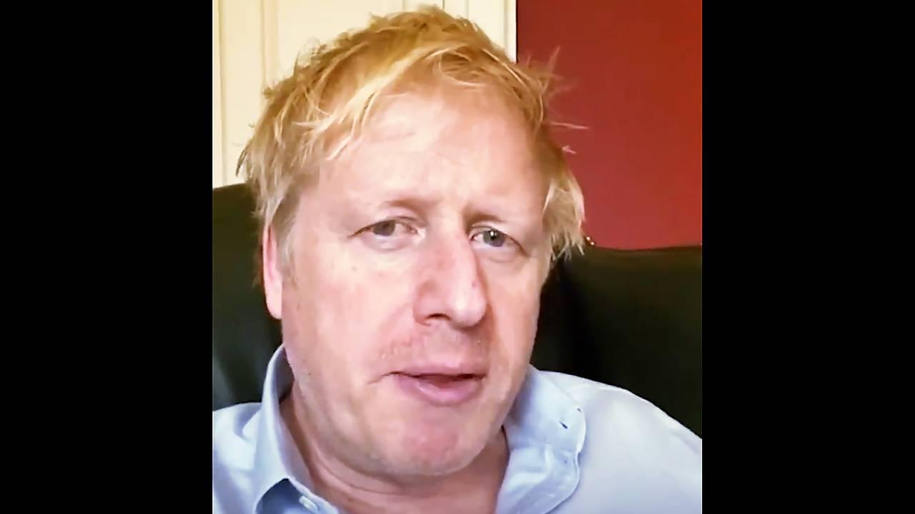 Boris Johnson fotografert 3. april, mens han fortsatt var syk, men før han ble lagt inn på sykehus.